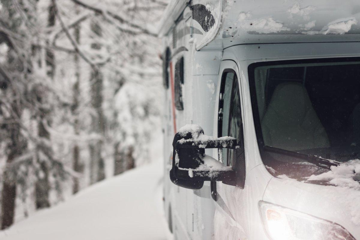 Freddo e gelo: due aspetti da non sottovalutare per il proprio camper